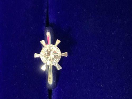 ダイヤモンド付きリングを売るなら、海老名,厚木,座間,綾瀬,相模原